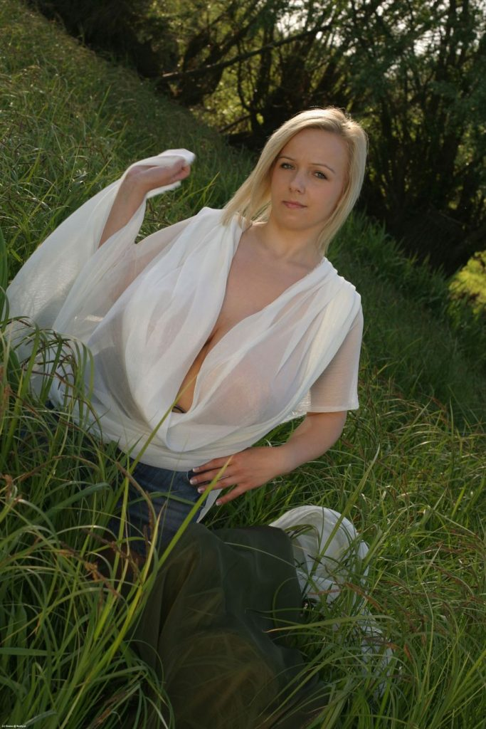 Duana See Thru Boobs Meadow for Busty Poland