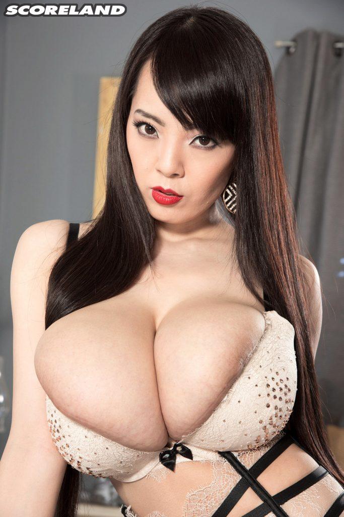 hitomi tanaka sexy