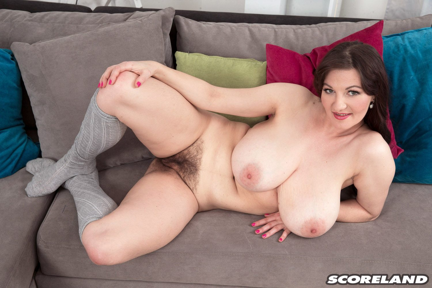 Vanessa Y The Busty Hitcher Who Came In From The Cold for Scoreland