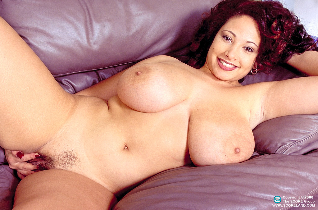 Via Paxton Classic Nude Curves for Scoreland