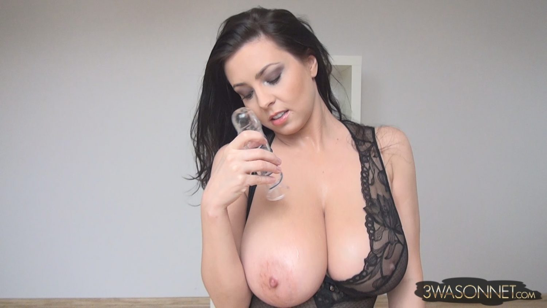 Videos guy cock. sucking emo sucking sexy