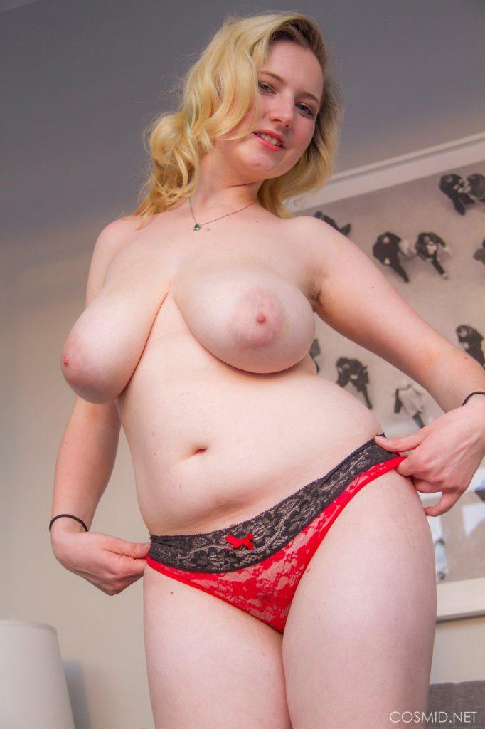 Mim Turner Thick and Bubbly Cosmid
