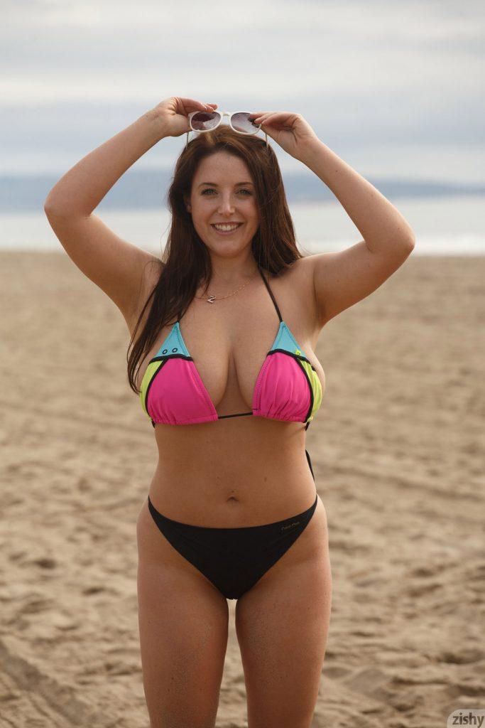 Angela White Beach Day Flasher for Zishy