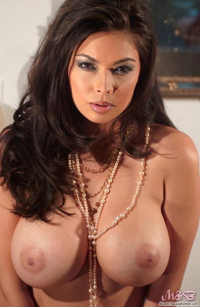 Kali feline naked
