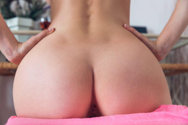 Mila Azul Fernia Sex Art