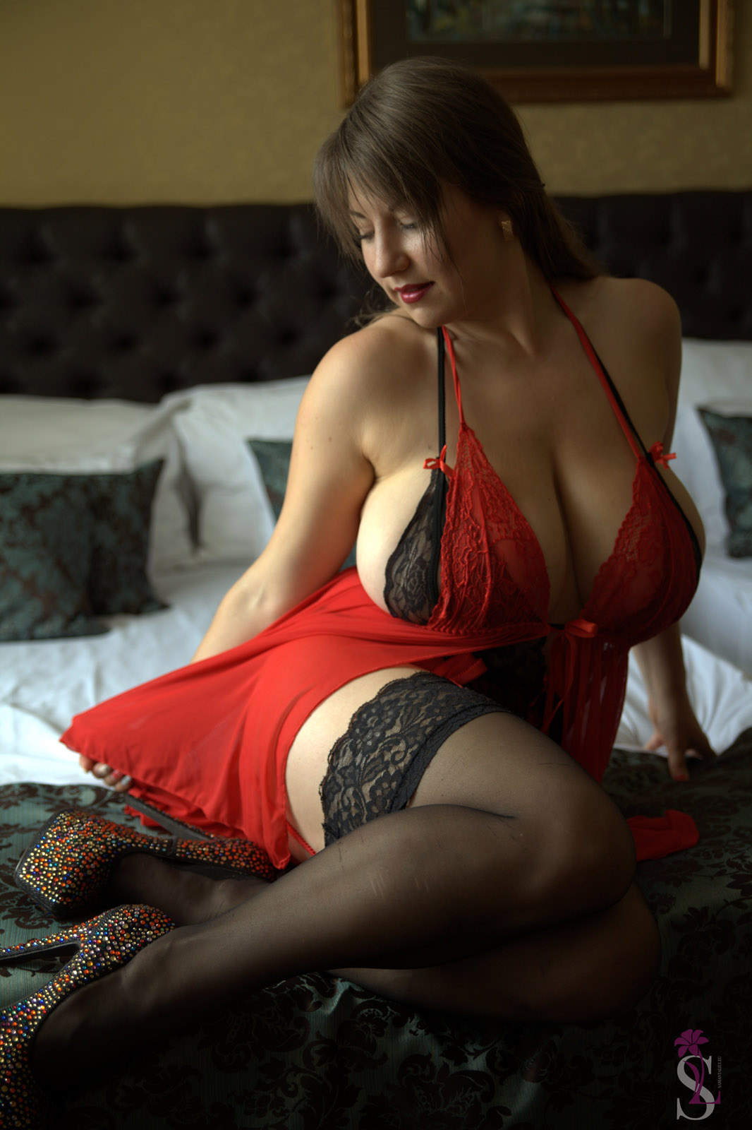 Full naked hot babes fucking