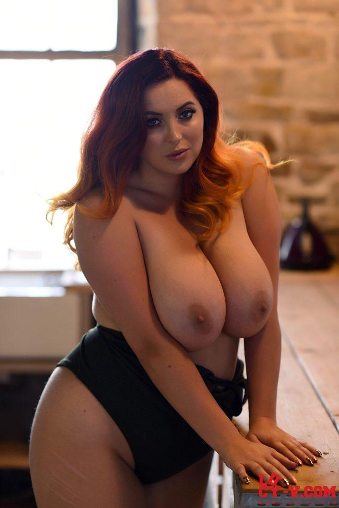 Lucy Vixen Black Bodysuit Curves