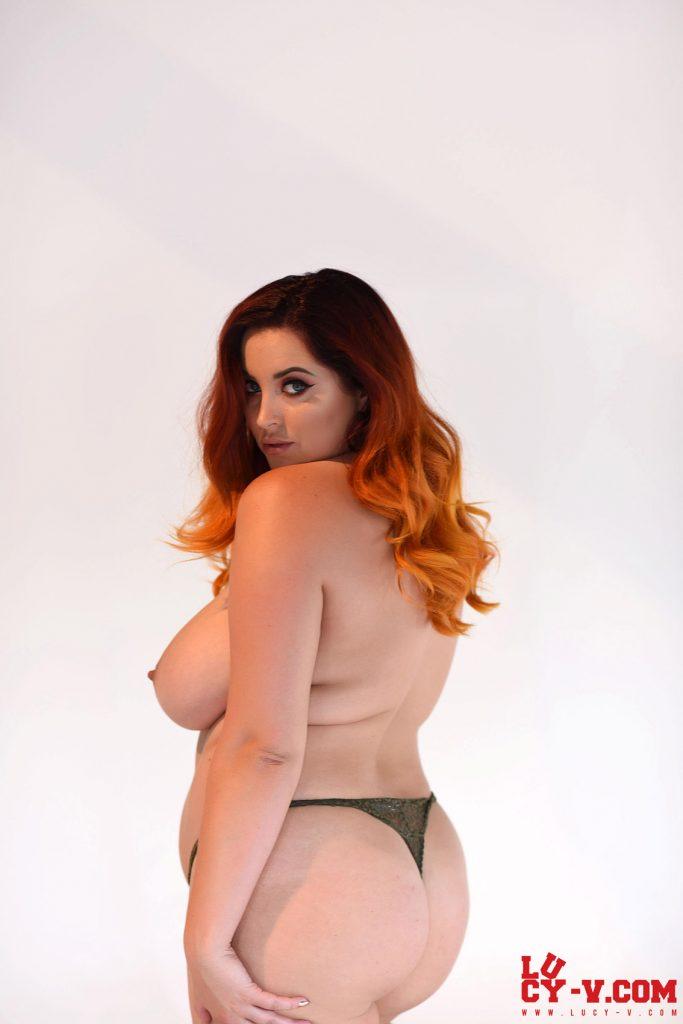 Lucy Vixen Little Panties Thick Curves 9