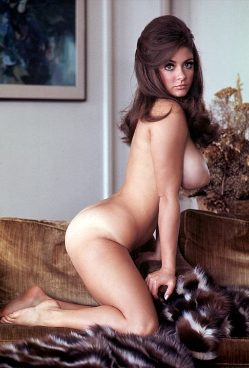 Athletic nude women pics