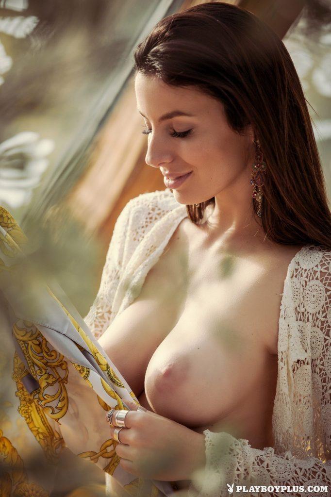 Katey Vibrant Beauty Playboy