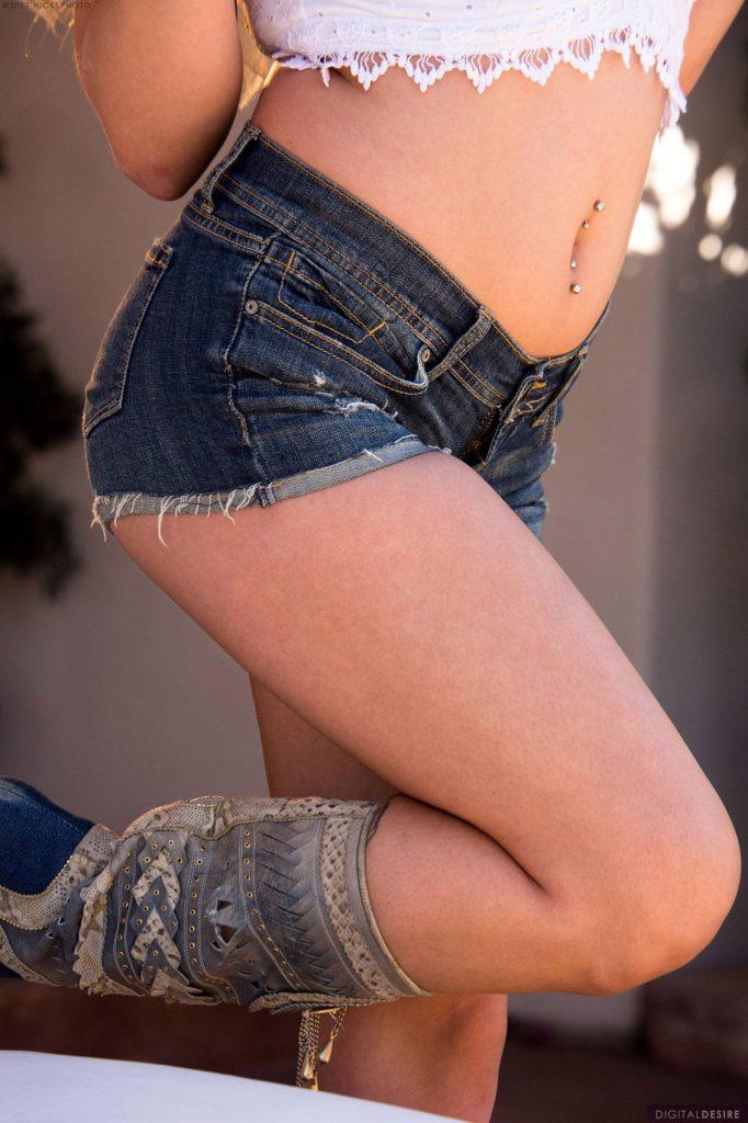 Kylie Page Daisy Dukes Digital Desire