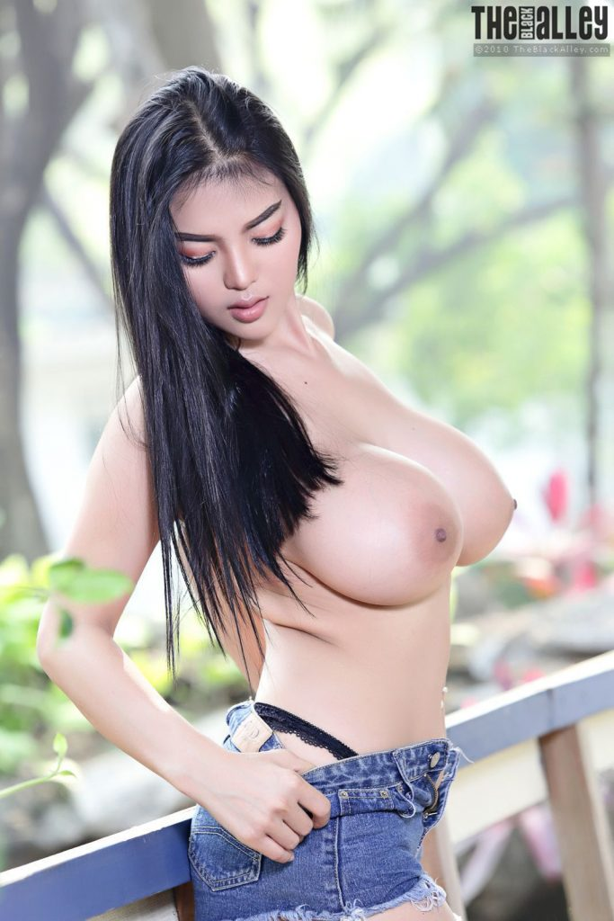 Pitta Nude Outdoors The Black Alley