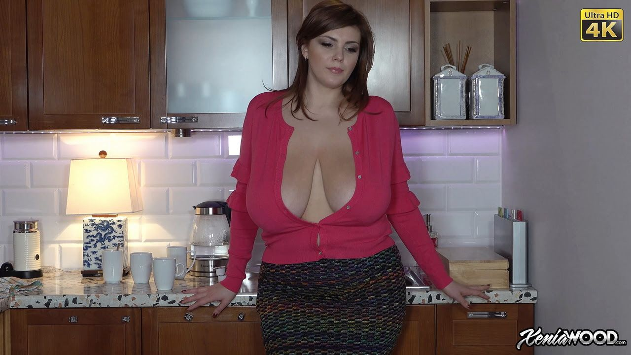 Xenia Wood Massive Tits