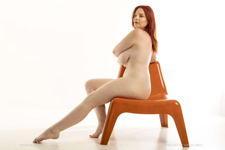 Avalon Curvy Redhead Nude Muse