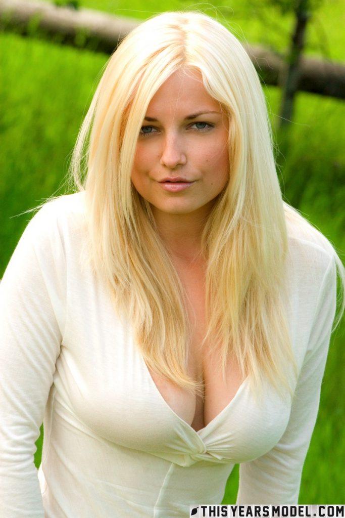 Heather Ryan Girl Next Door This Years Model