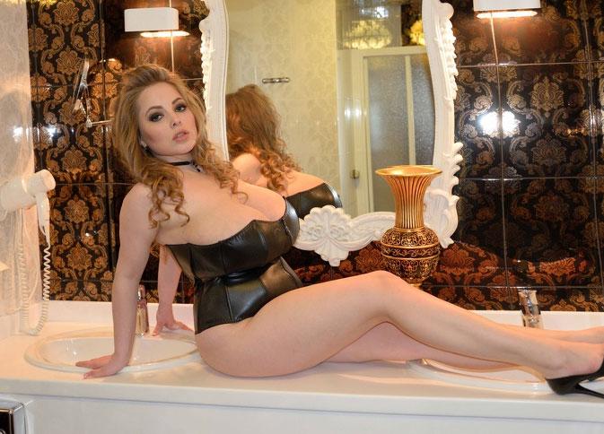 MissUkraine Webcam Model