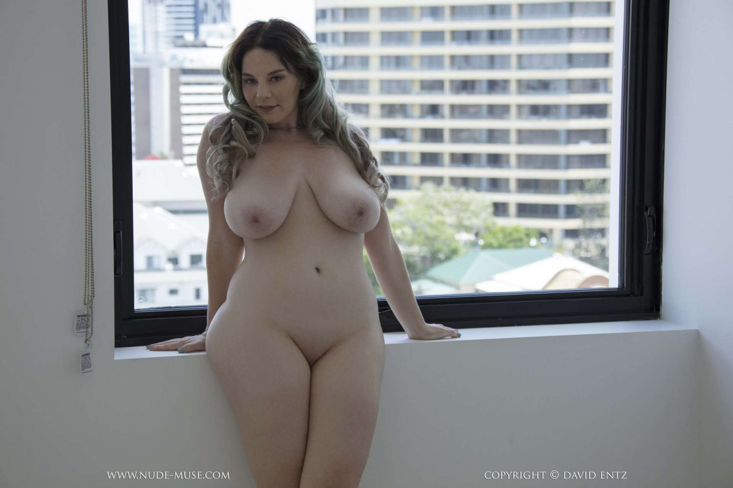 Avalon Naked Curves Nude Muse
