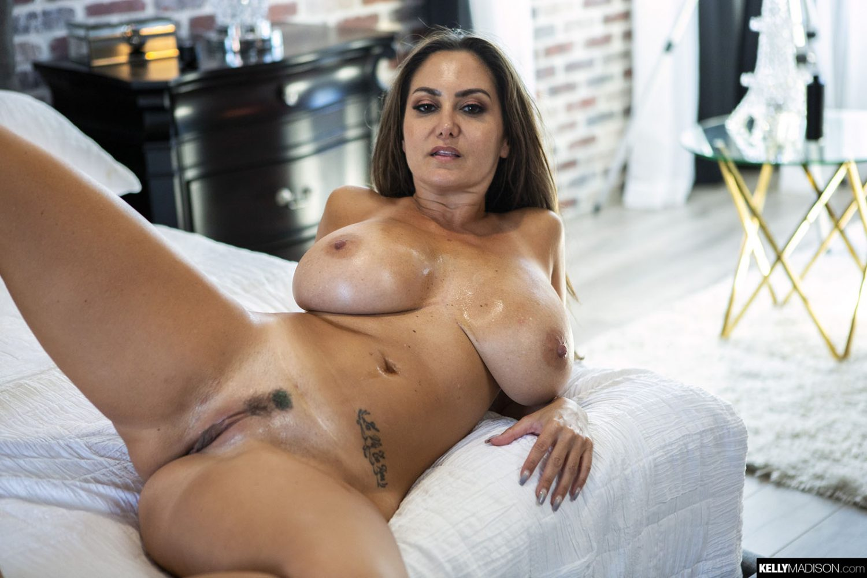 Ava addams nackt