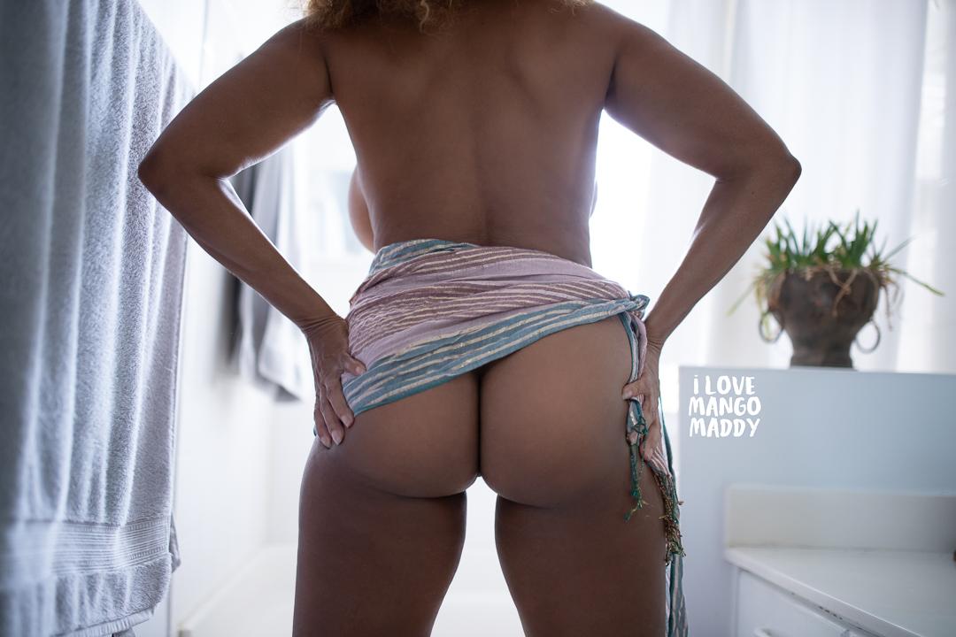 Mango Maddy Sexy Boudoir