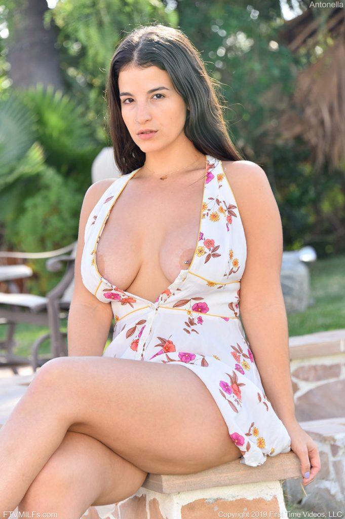 curvy cuban