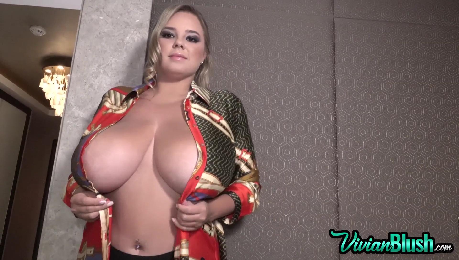 for-my-boobs-look-big
