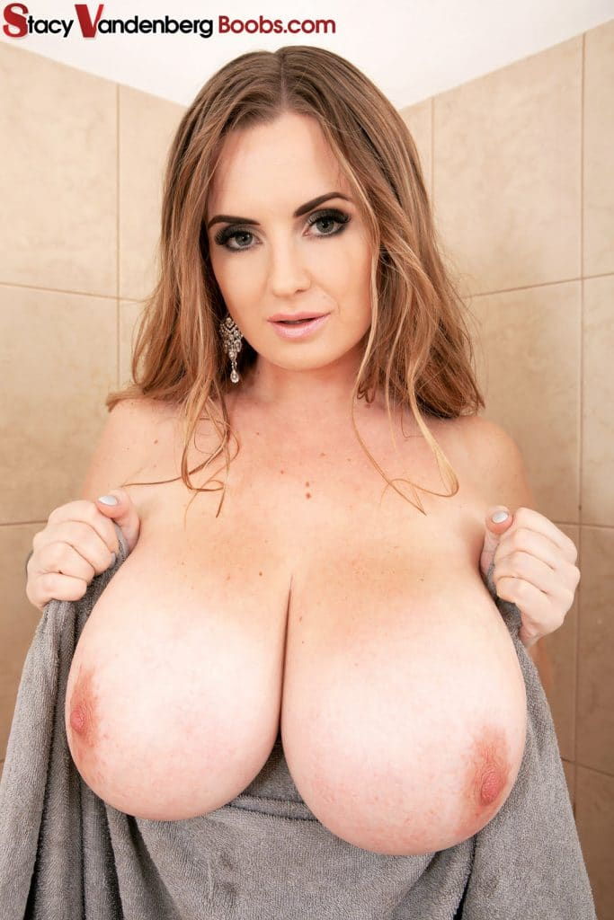 Maria Body Showering Body Beautiful