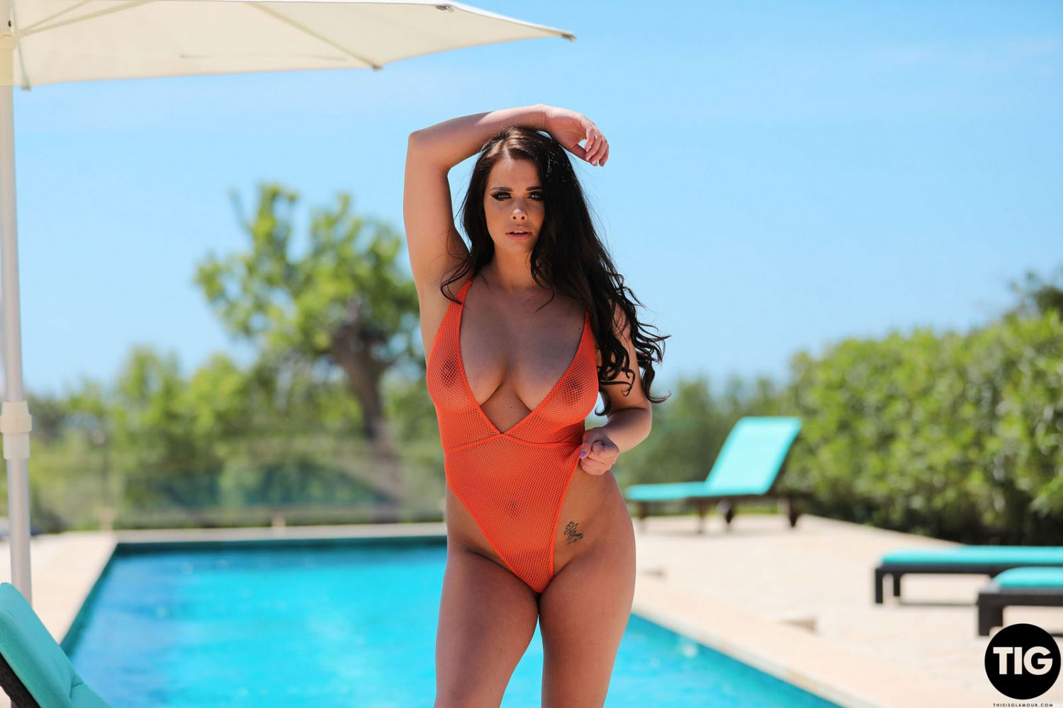 Kym Graham Time For A Dip This Is Glamour