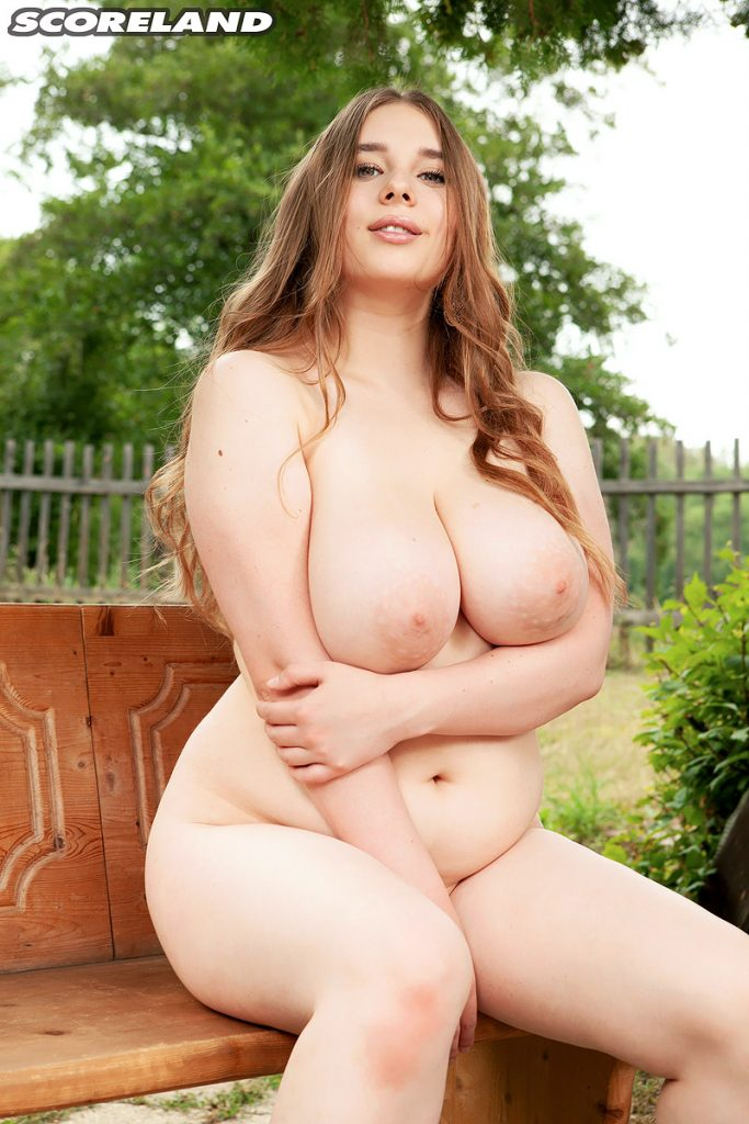 Lucy laistner nude