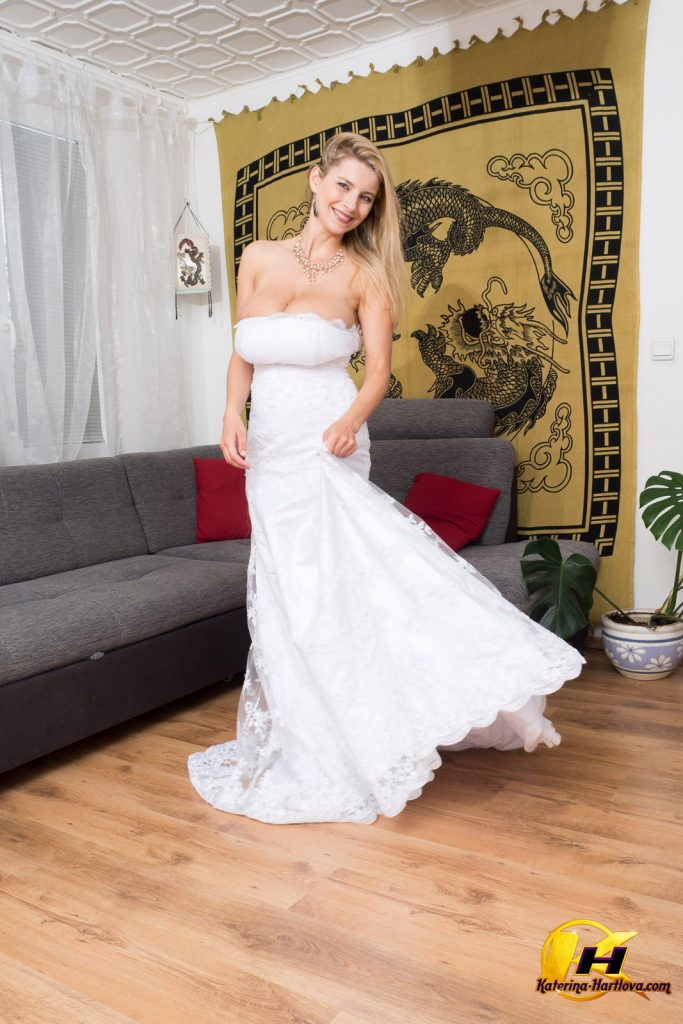 Katerina Hartlova Wedding Dress Fantasy